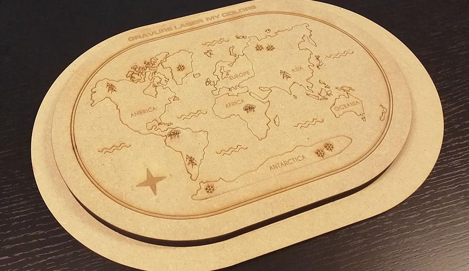 Gravure Laser - Carte du monde - My Colors